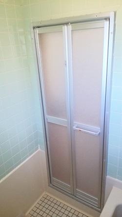 浴室ドア交換2 施工例